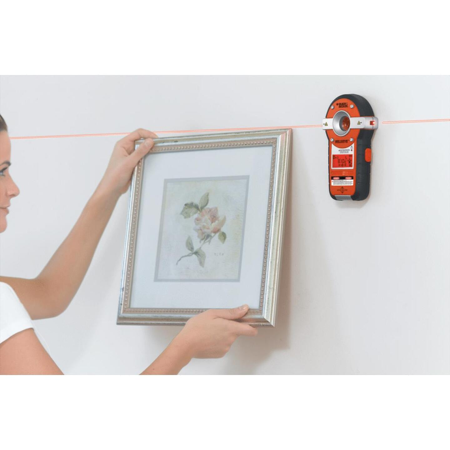 Black & Decker Bullseye 20 Ft. Self-Leveling Line Laser Level with Stud Sensor Image 3
